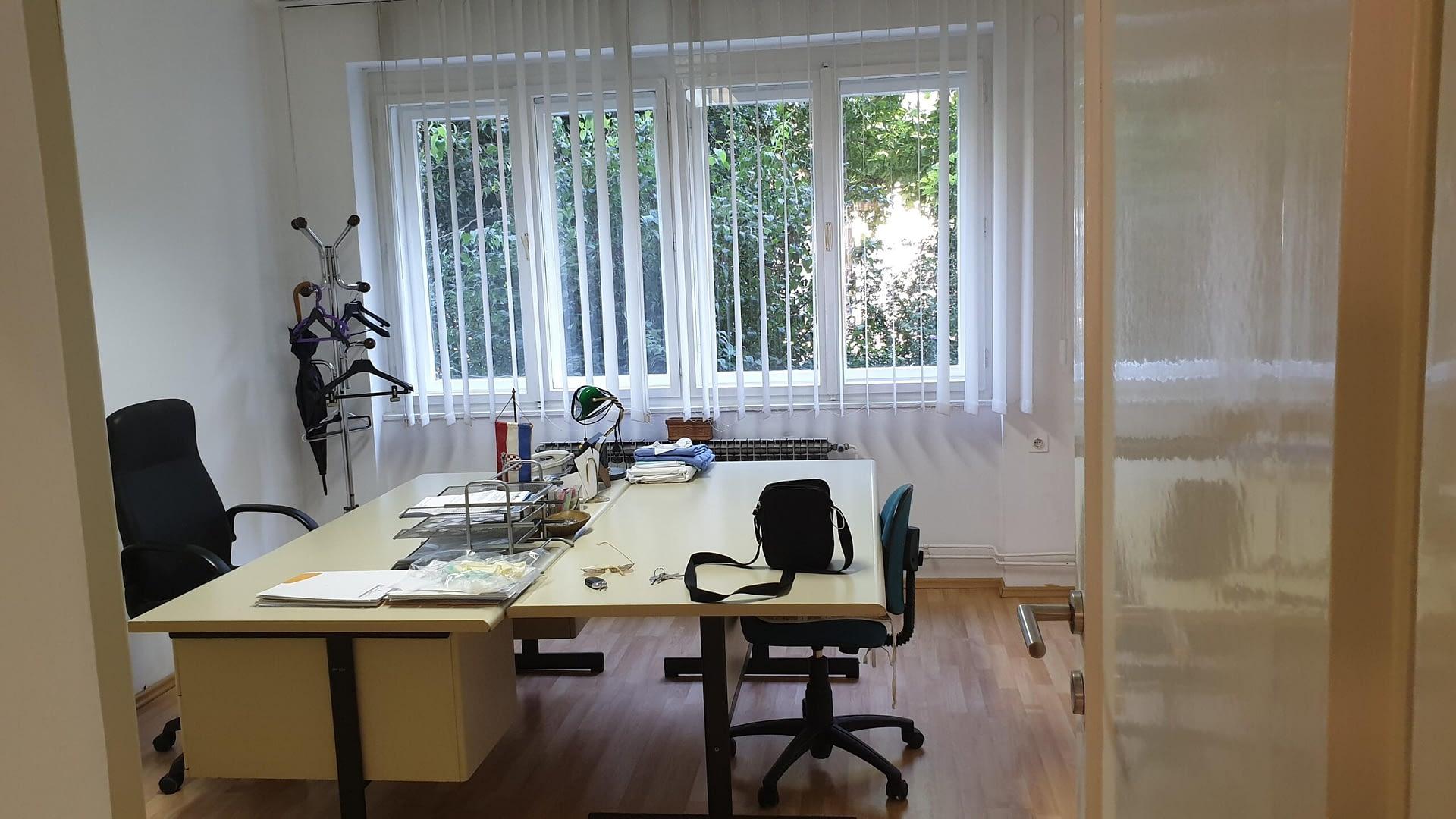 Črnomerec, Prilaz baruna Filipovića, 3sobni ured 48 m2, visoko prizemlje