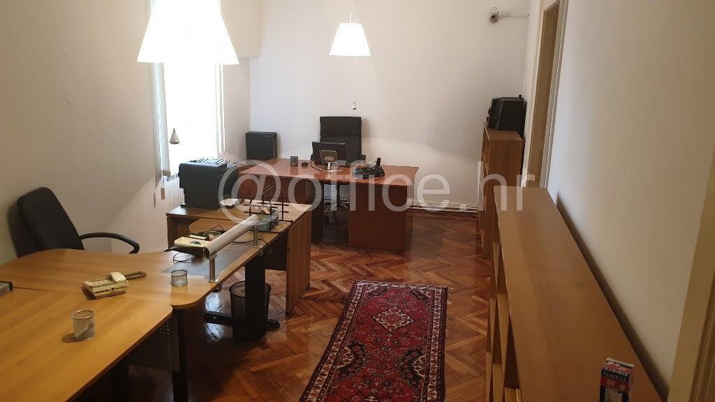 Zagreb, širi centar, 4sobni ured, 102m2, visoko prizemlje, parkirno mjesto, 8€/m2